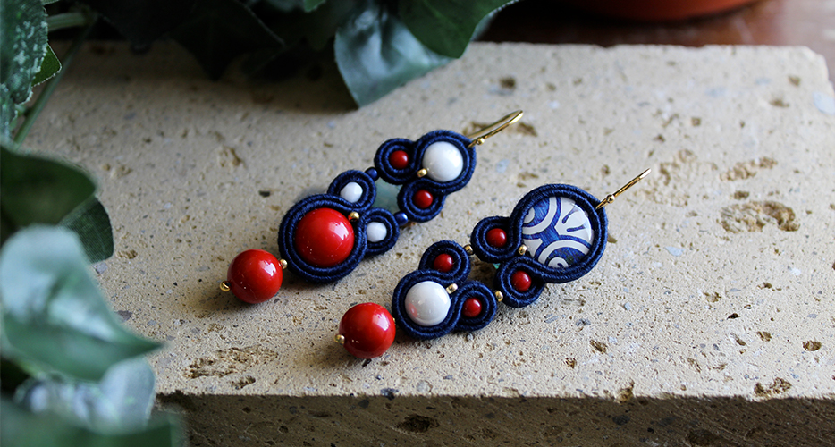 Orecchini Soutache Riggiola Napoletana Bella bri Couture. © Copyright Bella bri. Tutti i diritti sono riservati.